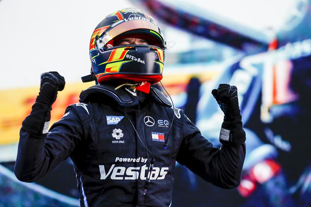 "<span style=""background:#009696; color:white; padding: 0 2px"">FE</span> Finalinėse lenktynėse - S. Vandoorne'o ir ""Mercedes"" triumfas"