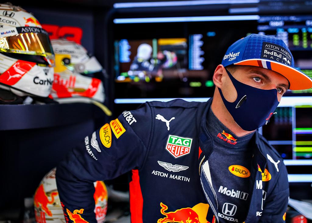 """M. Verstappenas: bus sunku kovoti su """"Renault"""" dėl trečios vietos"""