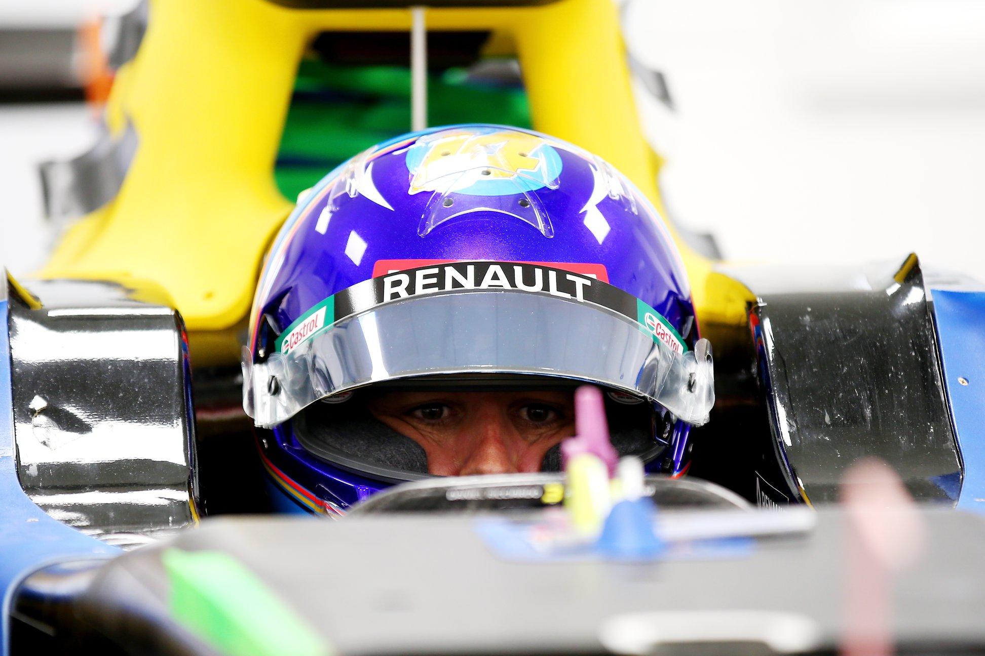 """F. Alonso gali išbandyti """"Renault"""" bolidą kitą savaitę"""