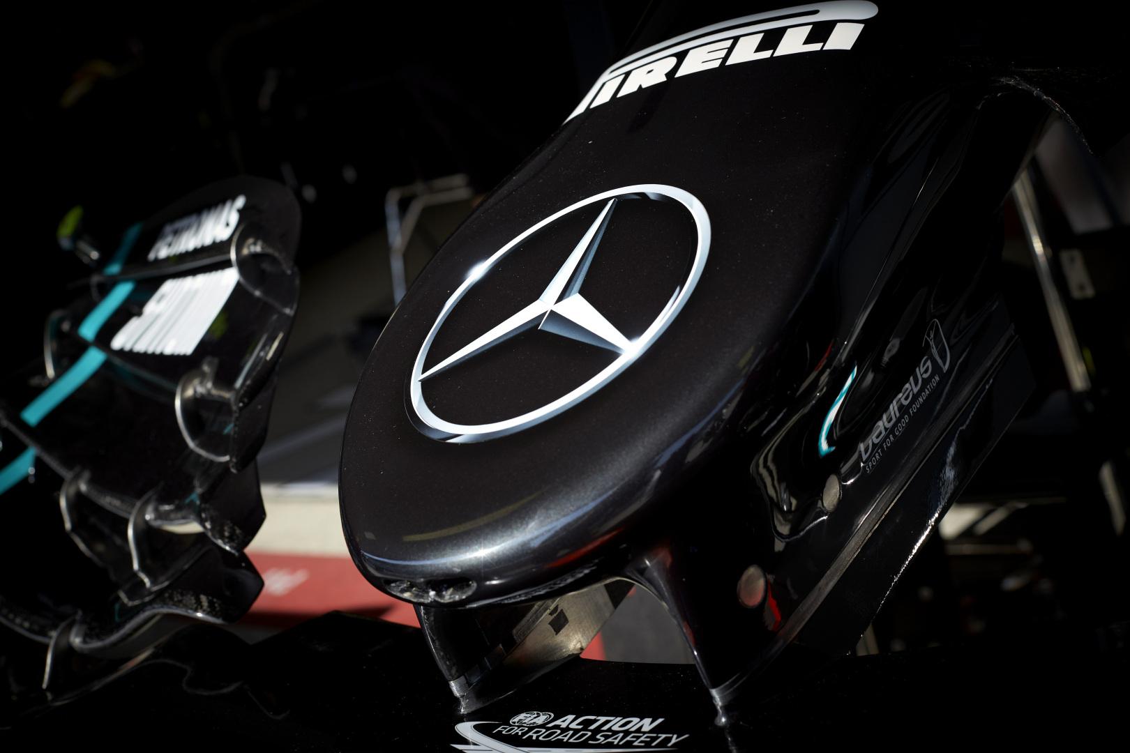 """""""Daimler"""" vadovas: """"Mercedes"""" pasitraukimas būtų beprotystė"""