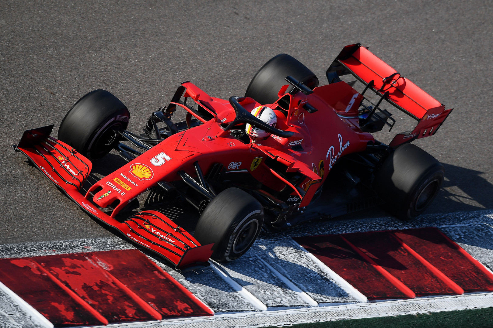 A. Greenas: pas mus Vettelis atsigaus