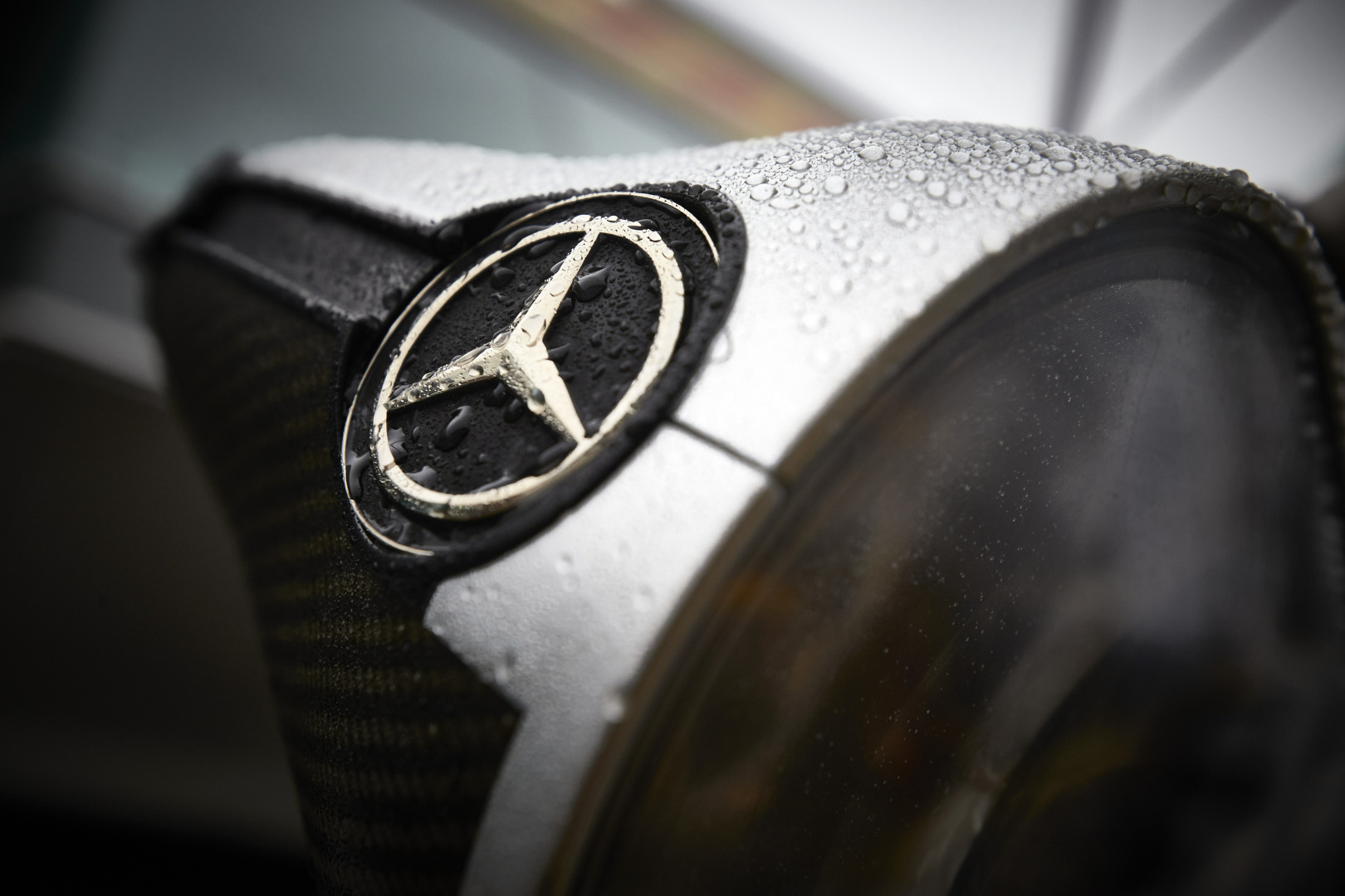 "Kada ""Mercedes"" iškovos Konstruktorių taurę?"