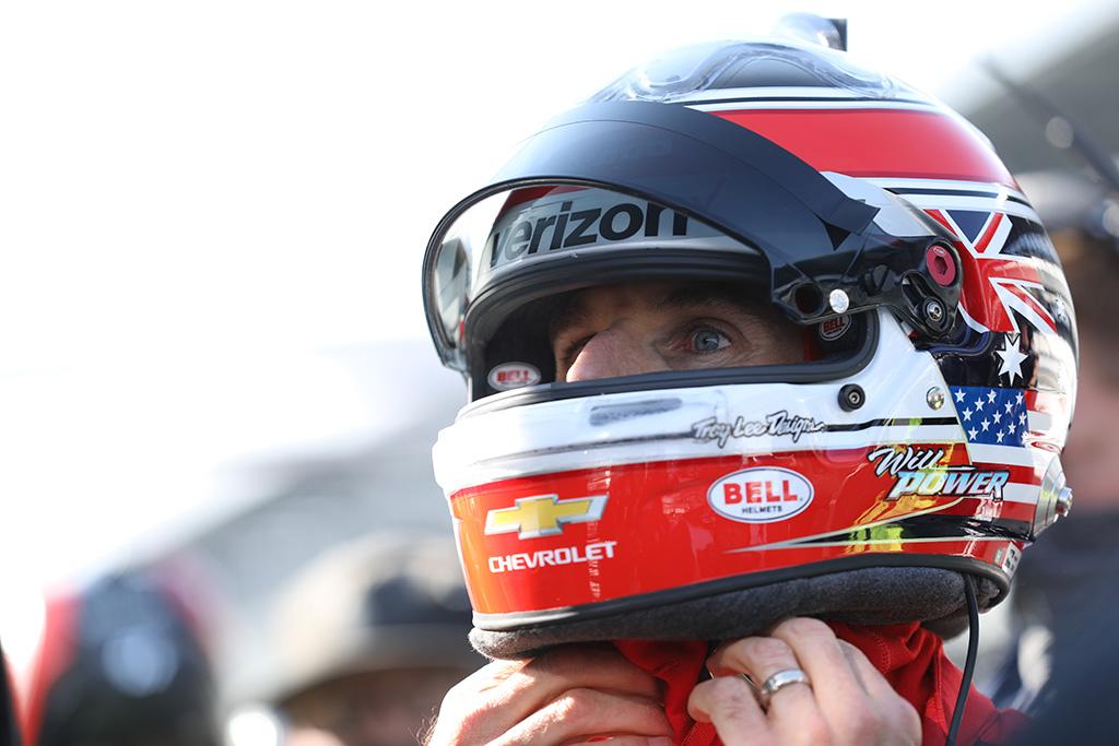 IndyCar. Paskutinėje sezono kvalifikacijoje greičiausias W. Poweris