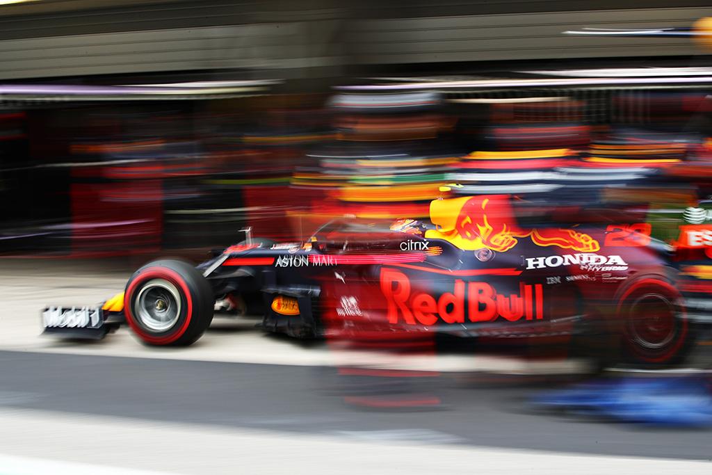 """""""Red Bull"""" prakalbo apie variklių gamybos planus"""