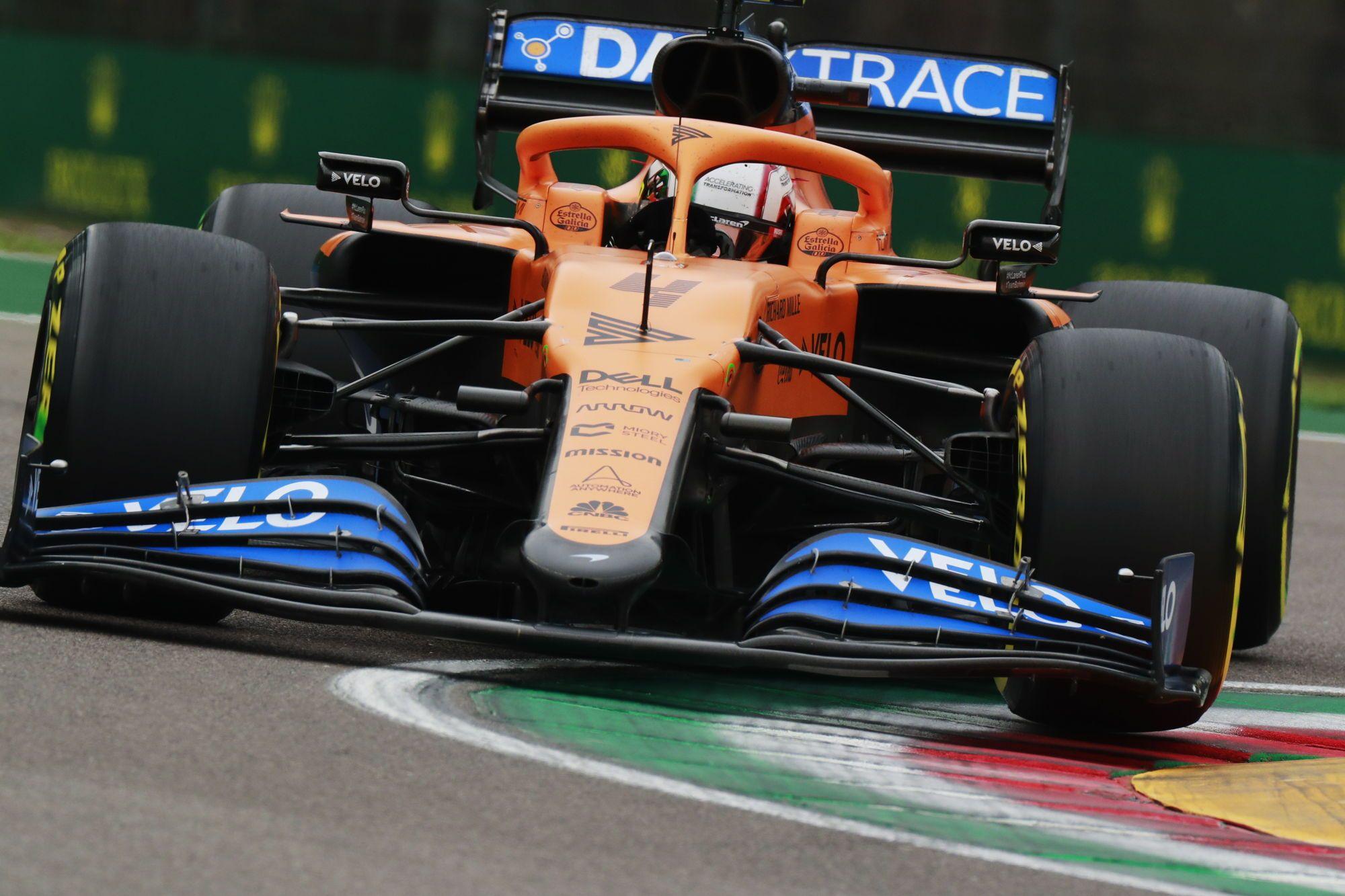 """McLaren"" bolidą pristatys vasario 15 d."
