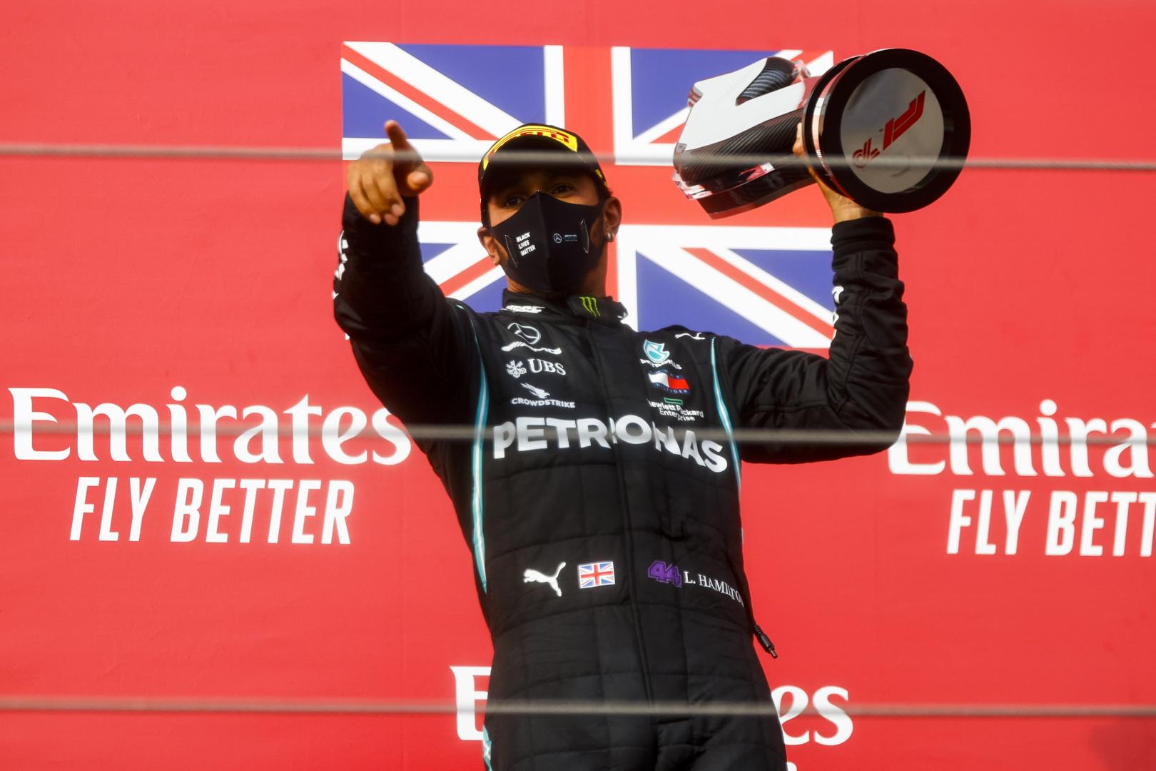 M. Brundle'as: L. Hamiltonas gali iškovoti 10 titulų ir 150 pergalių