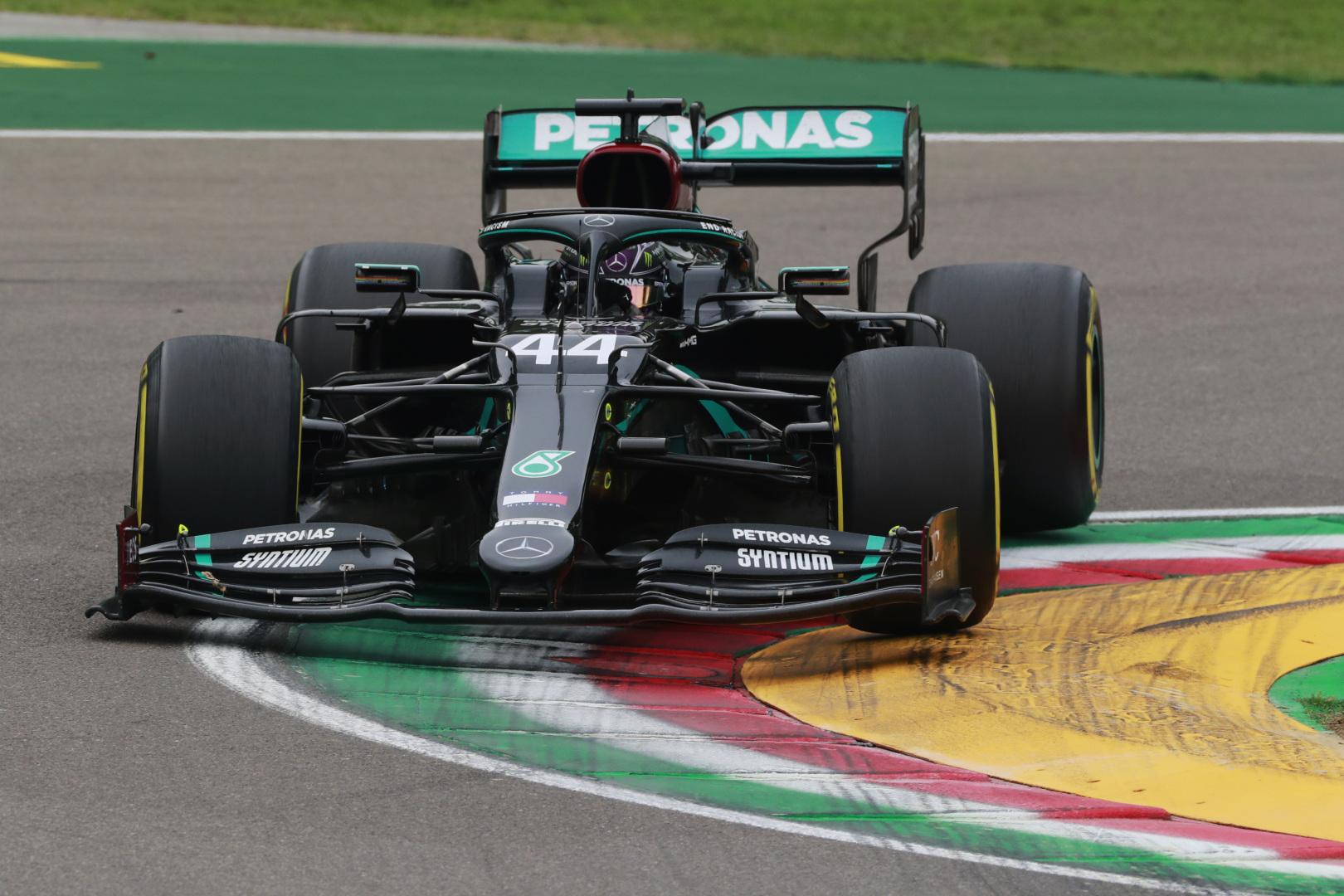 R. Schumacheris spėja, kad L. Hamiltonas užbaigs karjerą