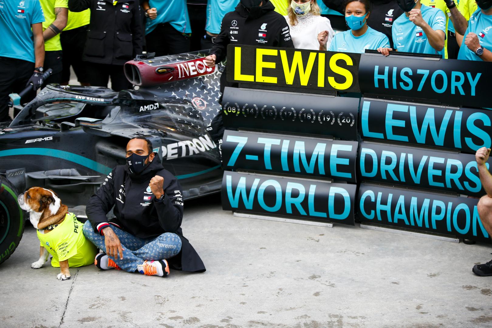 S. Vettelis: L. Hamiltonas - geriausias mūsų eros lenktynininkas