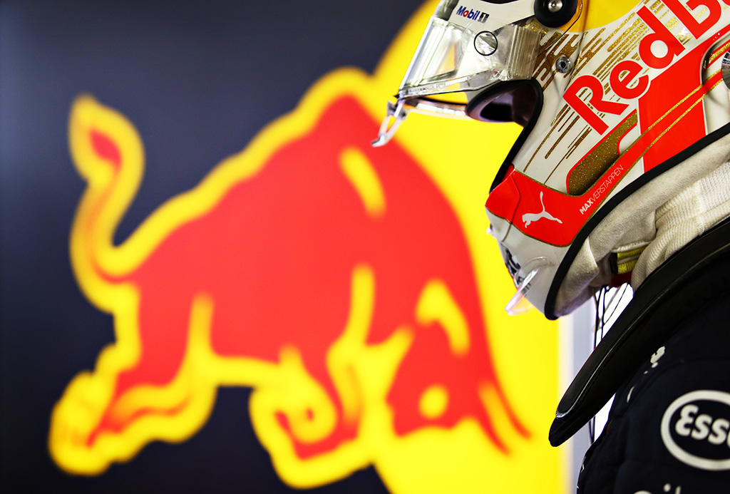 M. Verstappenas: neturiu vienodų galimybių, kad įveikčiau L. Hamiltoną