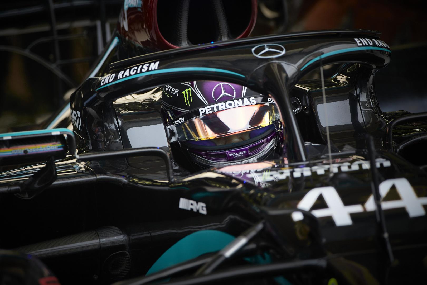 L. Hamiltonas: siaubinga R. Grosjeano avarija galėjo baigtis daug blogiau
