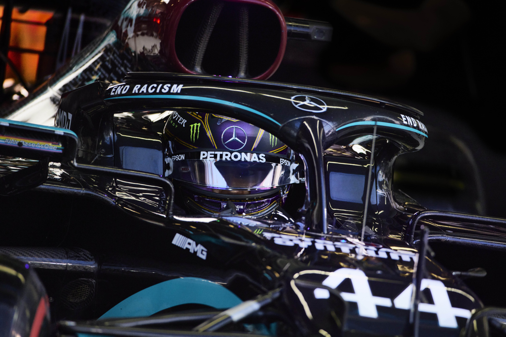 "E. Jordanas pataria ""Mercedes"" išsiskirti su L. Hamiltonu"