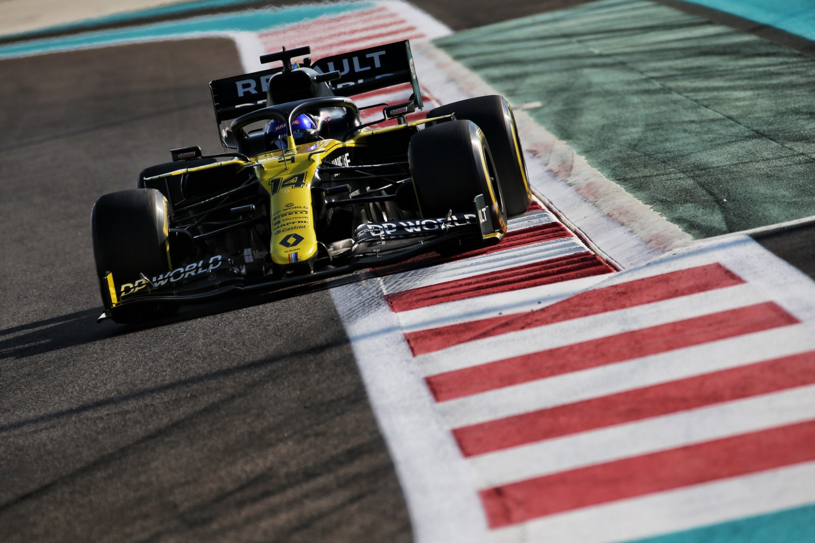 Bandymuose Abu Dabyje geriausią rezultatą užfiksavo F. Alonso