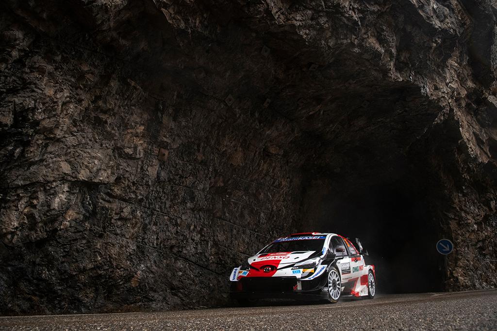 WRC. Monte Karlo ralyje į priekį įsiveržė E. Evansas