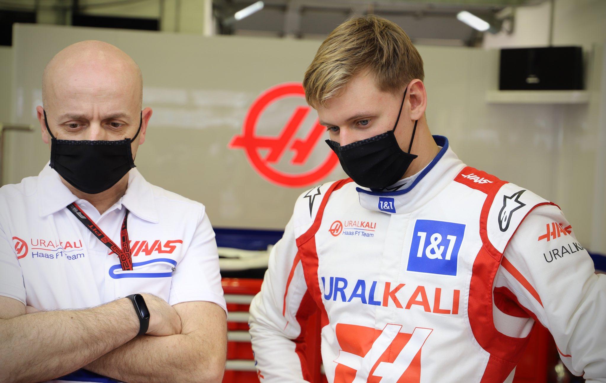 """G. Steineris: """"Ferrari"""" sprendimu M. Schumacheris atsidūrė """"Haas"""" komandoje"""