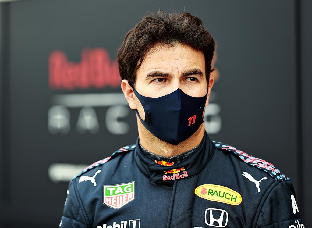 """Komandos draugą kvalifikacijoje įveikęs S. Perezas: """"pole"""" pozicija turėjo būti mano"""