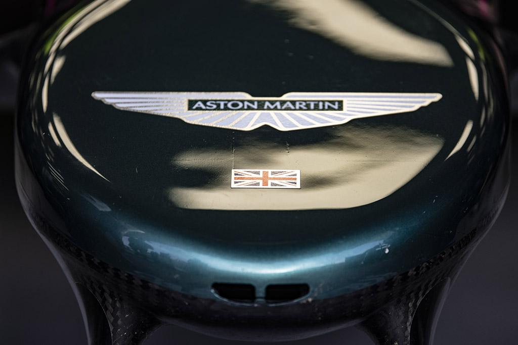"""""""Aston Martin"""" sieks atkreipti dėmesį į LGBTQ+ bendruomenės problemas"""