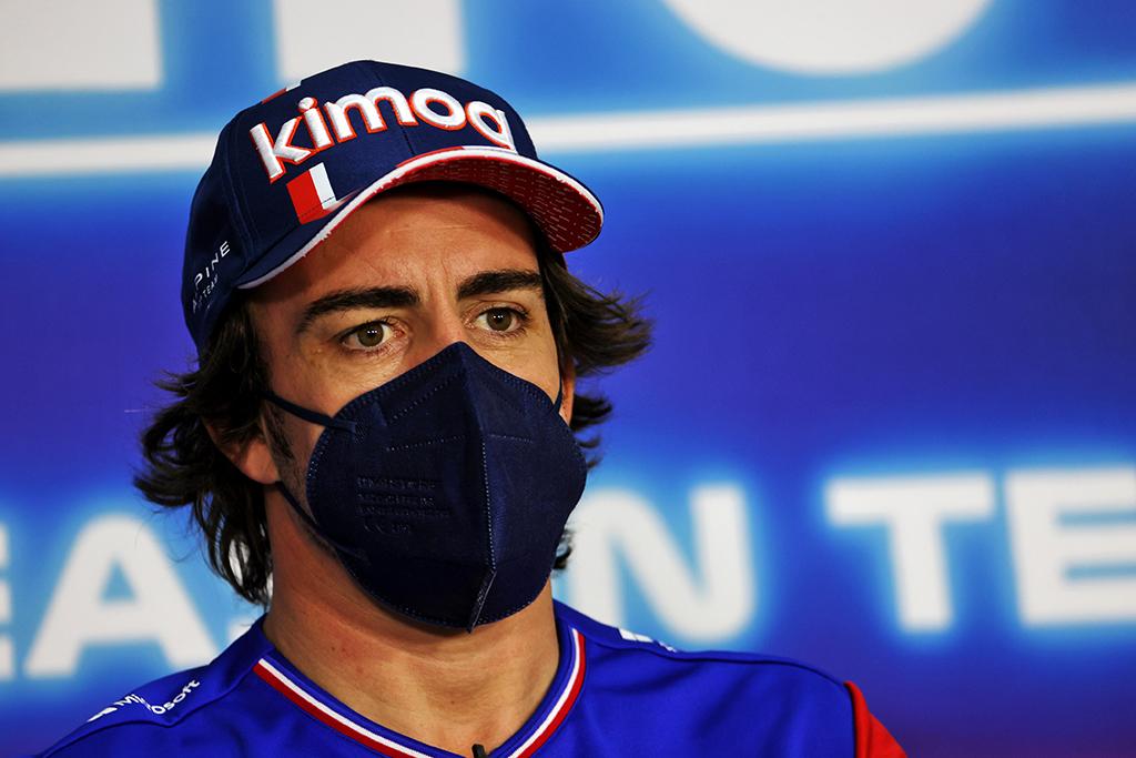 """F. Alonso: """"Formulė-1"""" nėra tikslusis mokslas"""