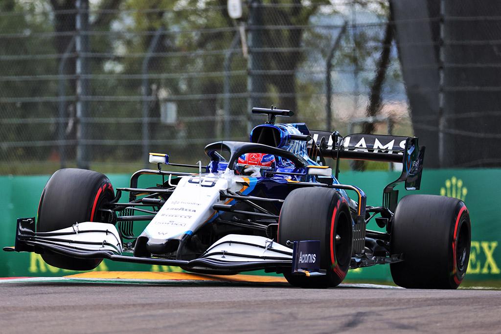 D. Coulthardas: G. Russellui pritrūko patirties