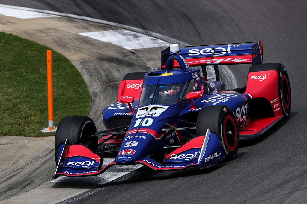 IndyCar. Pirmose sezono lenktynėse triumfavo ispanas A. Palou