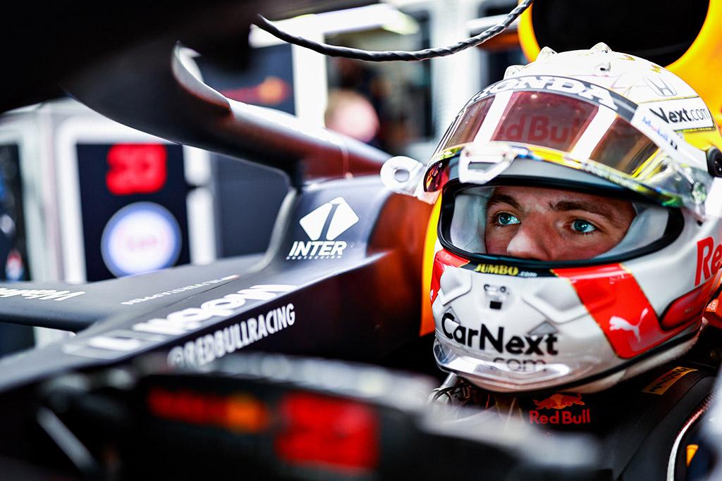 M. Verstappenui geresnį rezultatą užfiksuoti sutrukdė L. Norrisas ir S. Vettelis