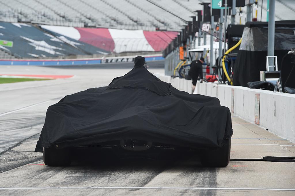 IndyCar. Dėl lietaus atšaukta kvalifikacija Teksase