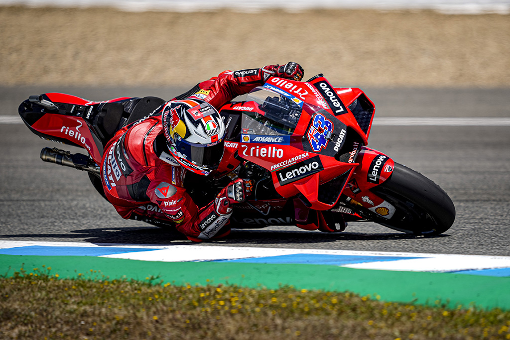 "MotoGP. Jereze - J. Millerio ir ""Ducati"" komandos triumfas"