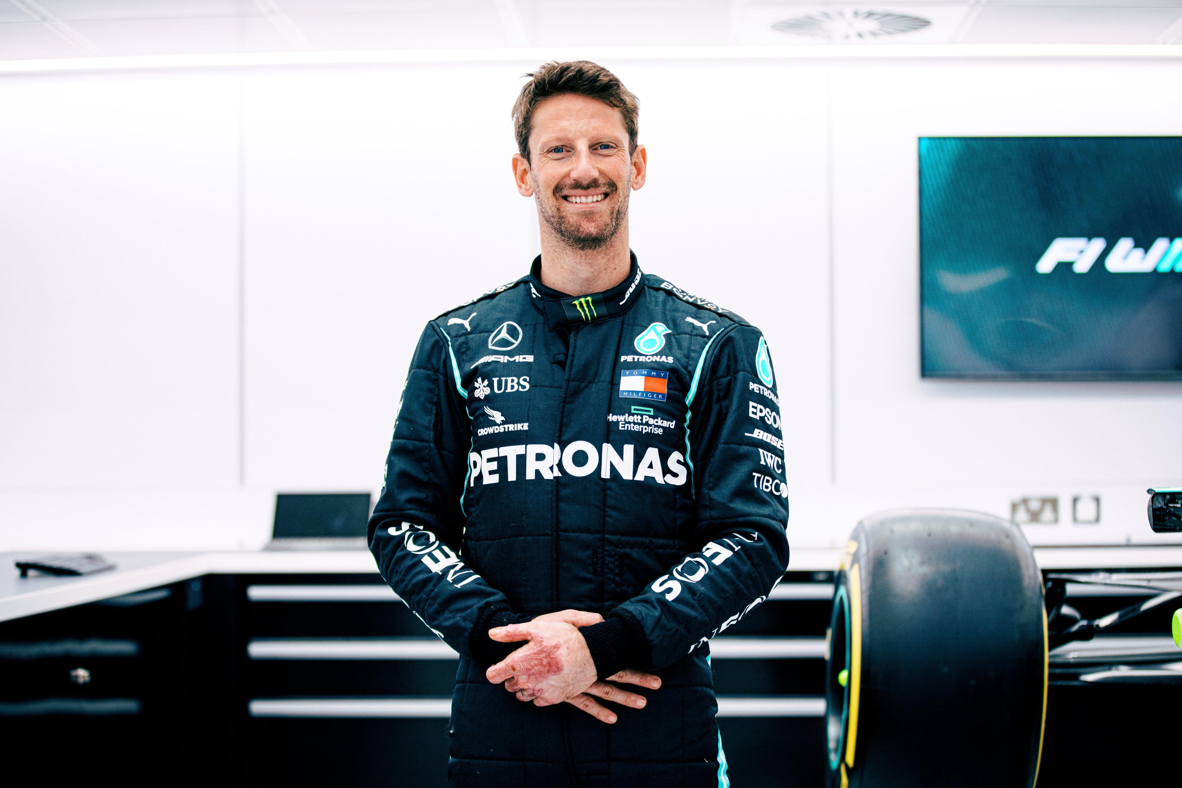 "R. Grosjeanas sės prie ""Mercedes"" bolido vairo"