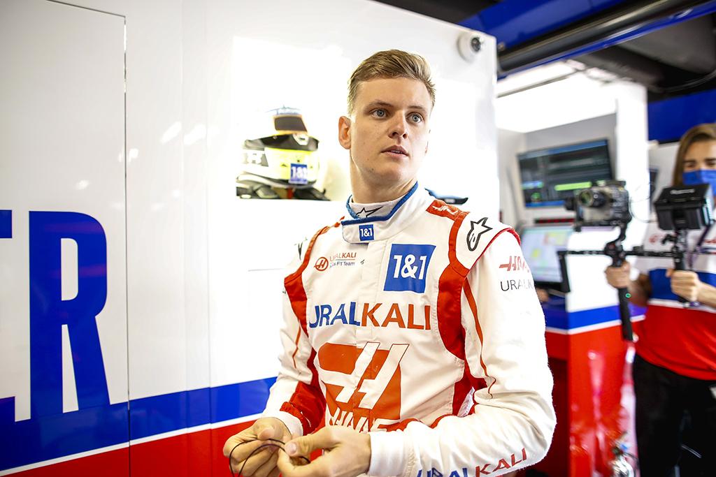 """""""Haas"""" tikisi artimiausiu metu pasirašyti naują sutartį su M. Schumacheriu"""