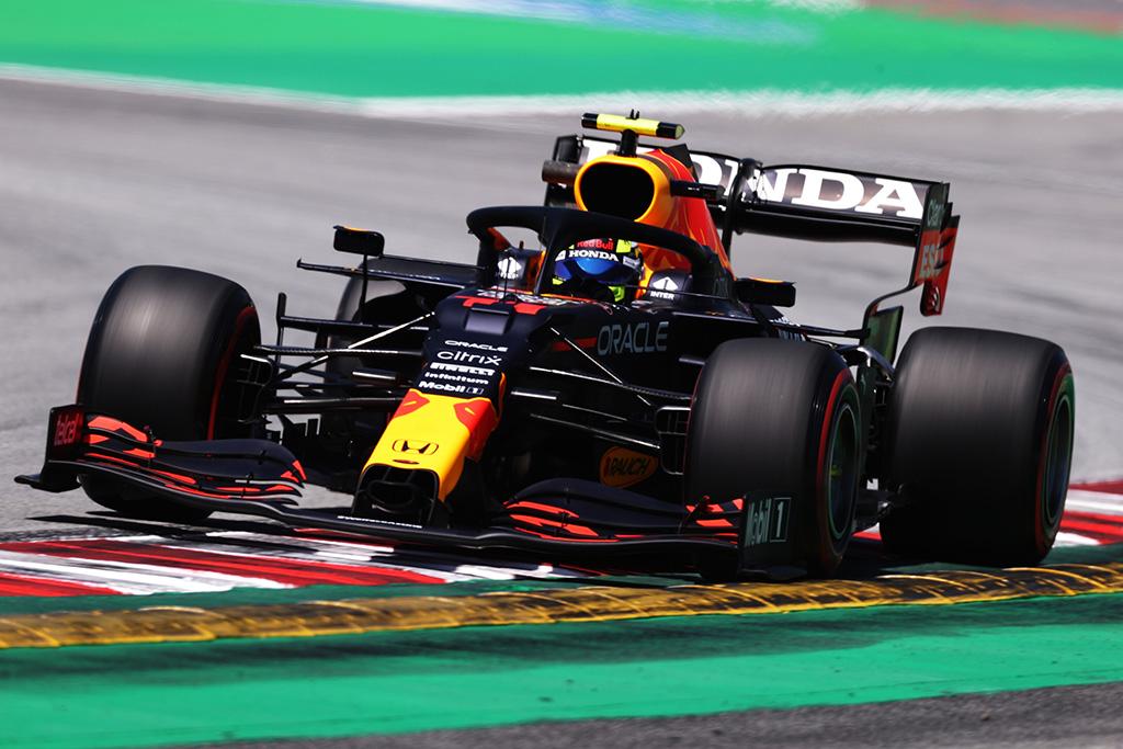 """""""Red Bull"""" nori, kad S. Perezas kuo greičiau įsitrauktų į kovą su lyderiais"""