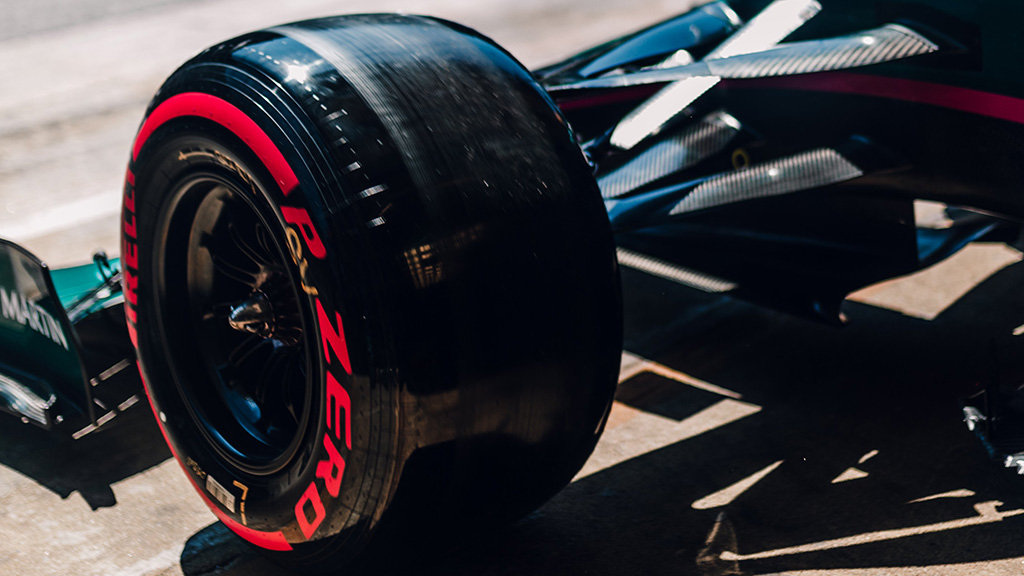 """""""Pirelli"""" laukia vieno sustojimo Monzoje"""