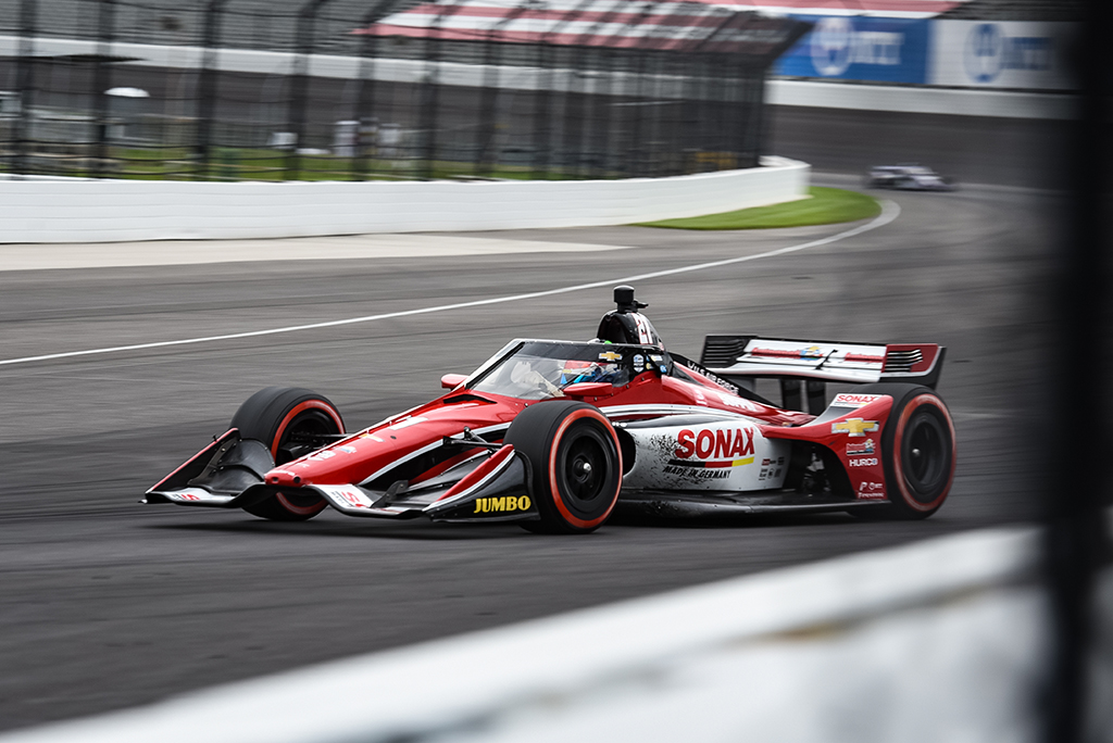 IndyCar. Lenktynės Indianapolyje baigėsi R. VeeKay pergale