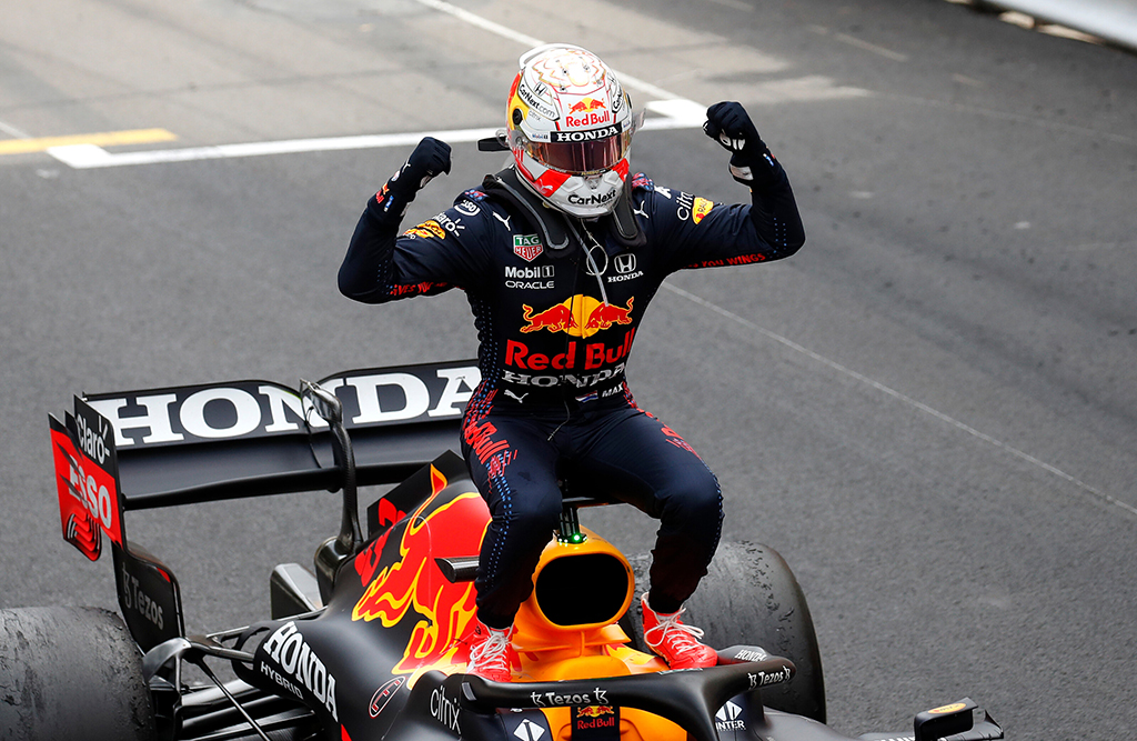 """M. Verstappenas karjerą ketina baigti """"Red Bull"""" komandoje"""