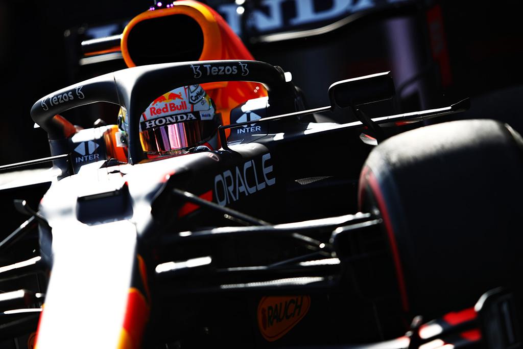 J. Villeneuve'as: M. Verstappenas nusipelnė būti čempionato lyderiu