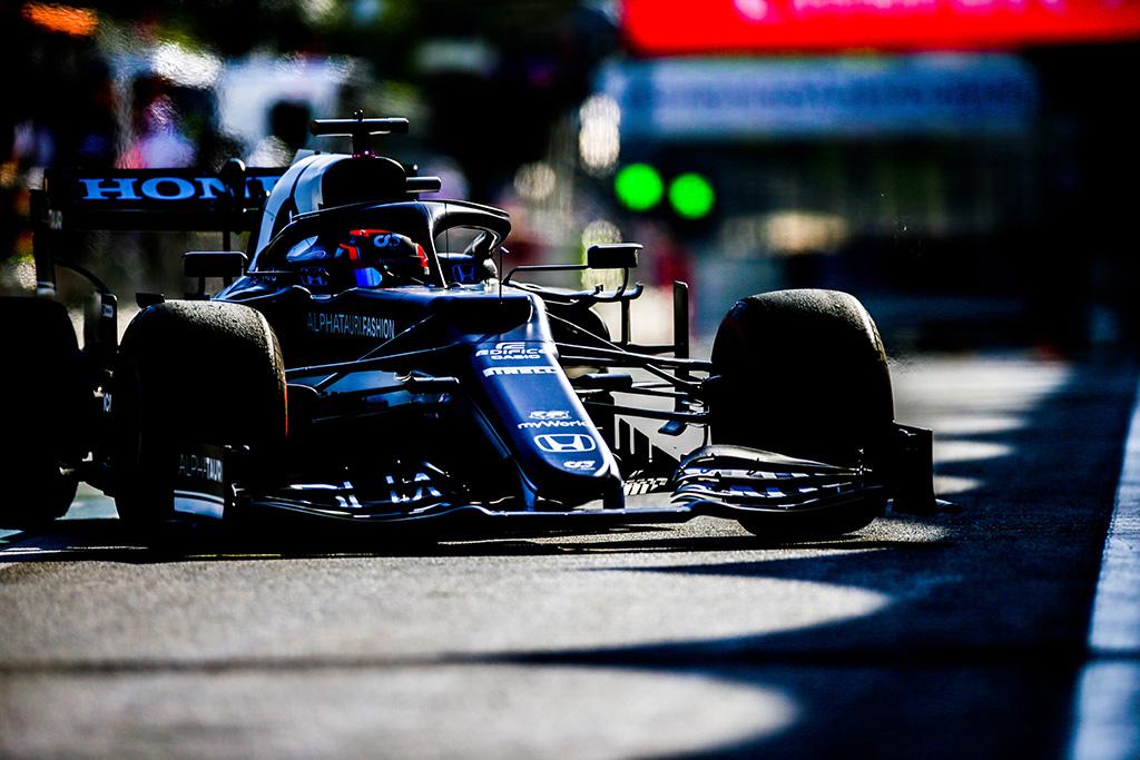 """""""McLaren"""" reikalauja nubausti Y. Tsunodą"""