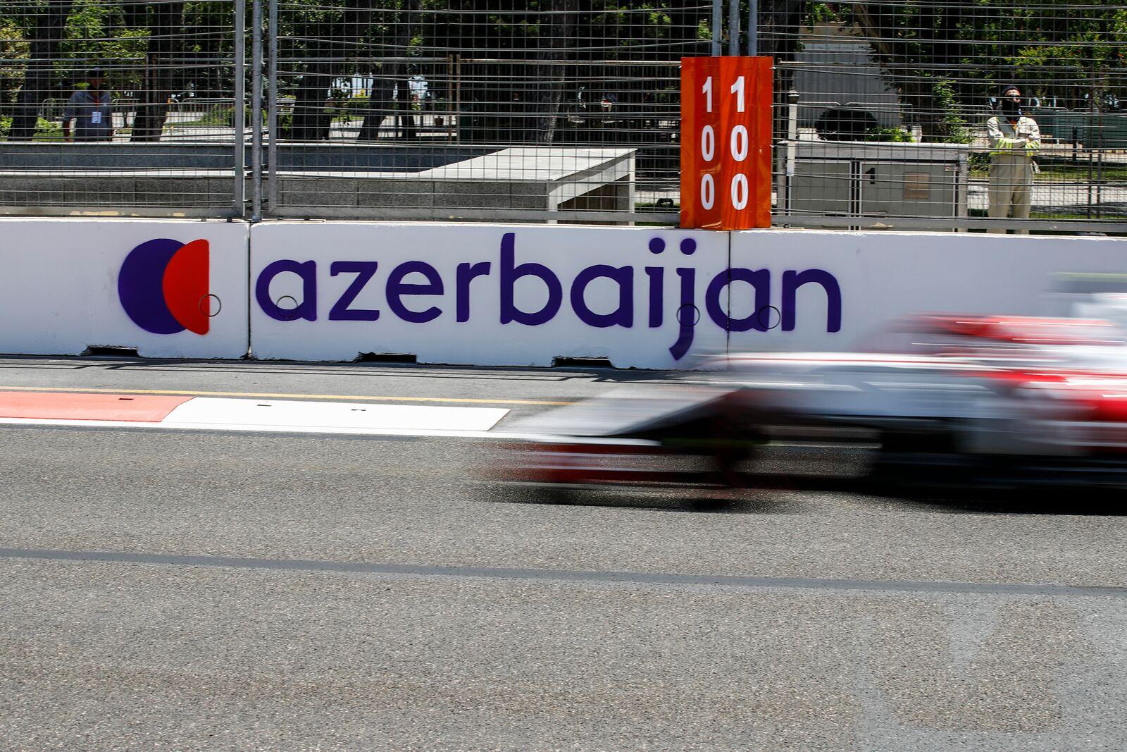 """""""Pirelli"""" surado padangų sprogimų Baku priežastis"""