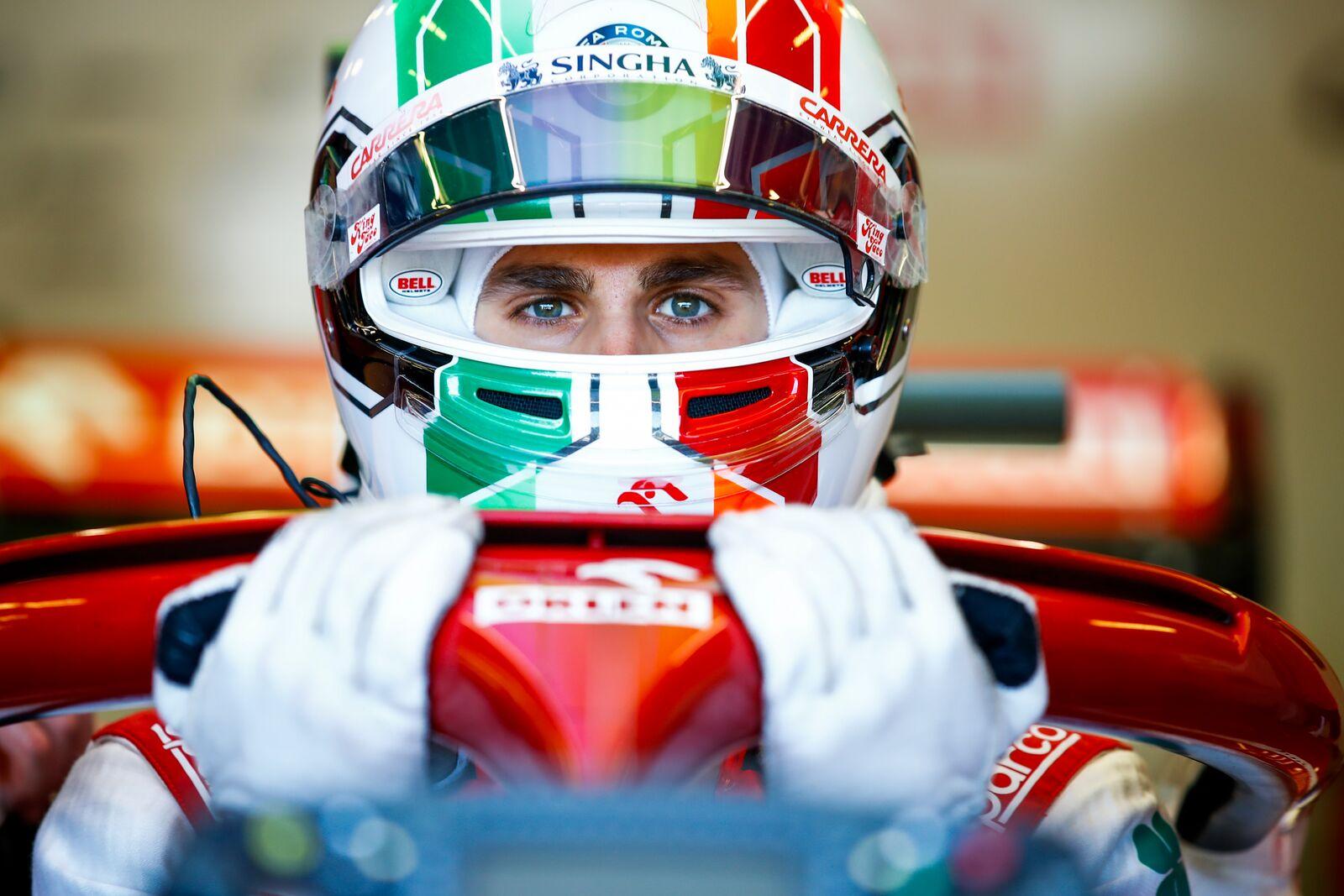 """Ferrari"" nori A. Giovinazzį matyti ""Alfa Romeo"" komandoje"