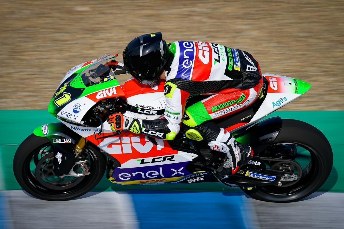 MotoE. Barselonoje pirmąją pergalę iškovojo M. Ponsas