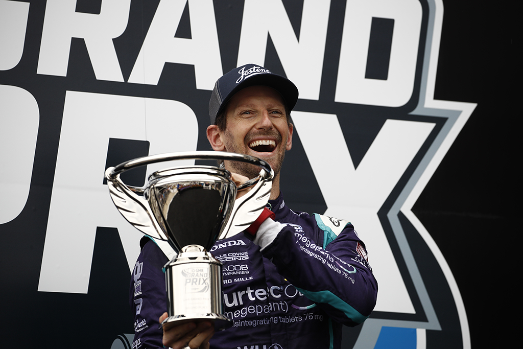 R. Grosjeanas persigalvojo - nori lenktyniauti ovale