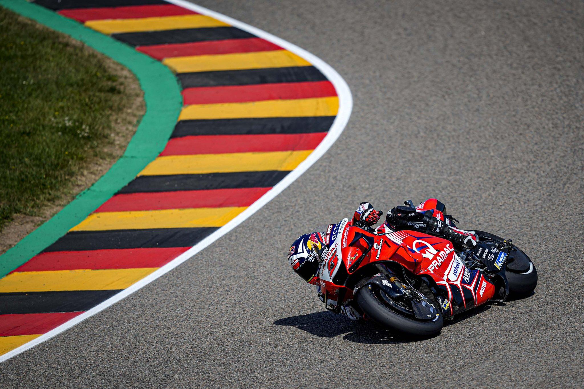"""MotoGP. Vokietijoje iš """"pole"""" pozicijos startuos J. Zarco"""