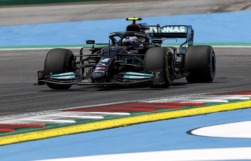 """""""Mercedes"""": kvalifikacijos rezultatai viršijo lūkesčius"""
