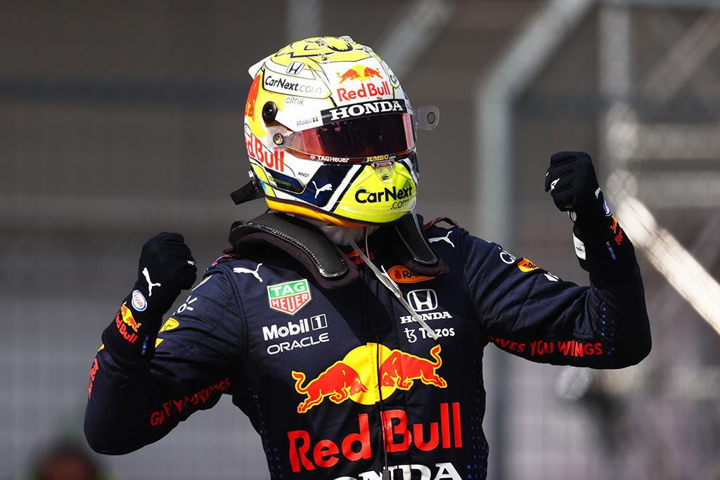 Austrijoje vykusiose lenktynėse dominavo M. Verstappenas