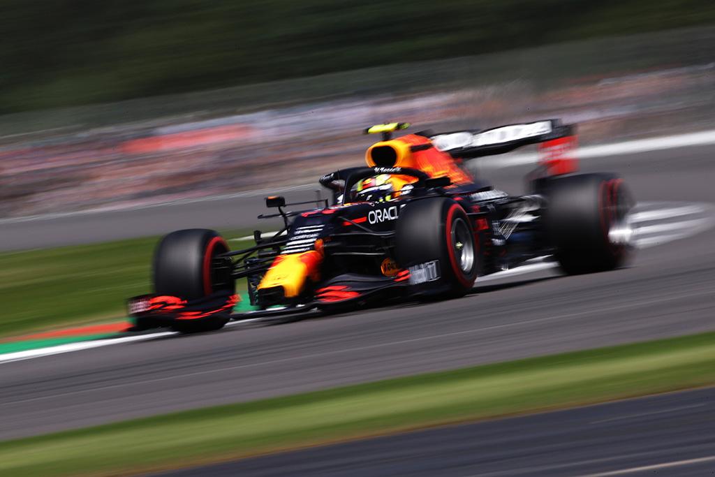 Sergio Perezas startuos iš serviso zonos