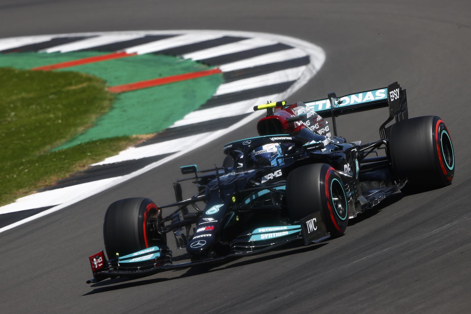 V. Bottas: reikėjo padėti Lewisui iškovoti pergalę