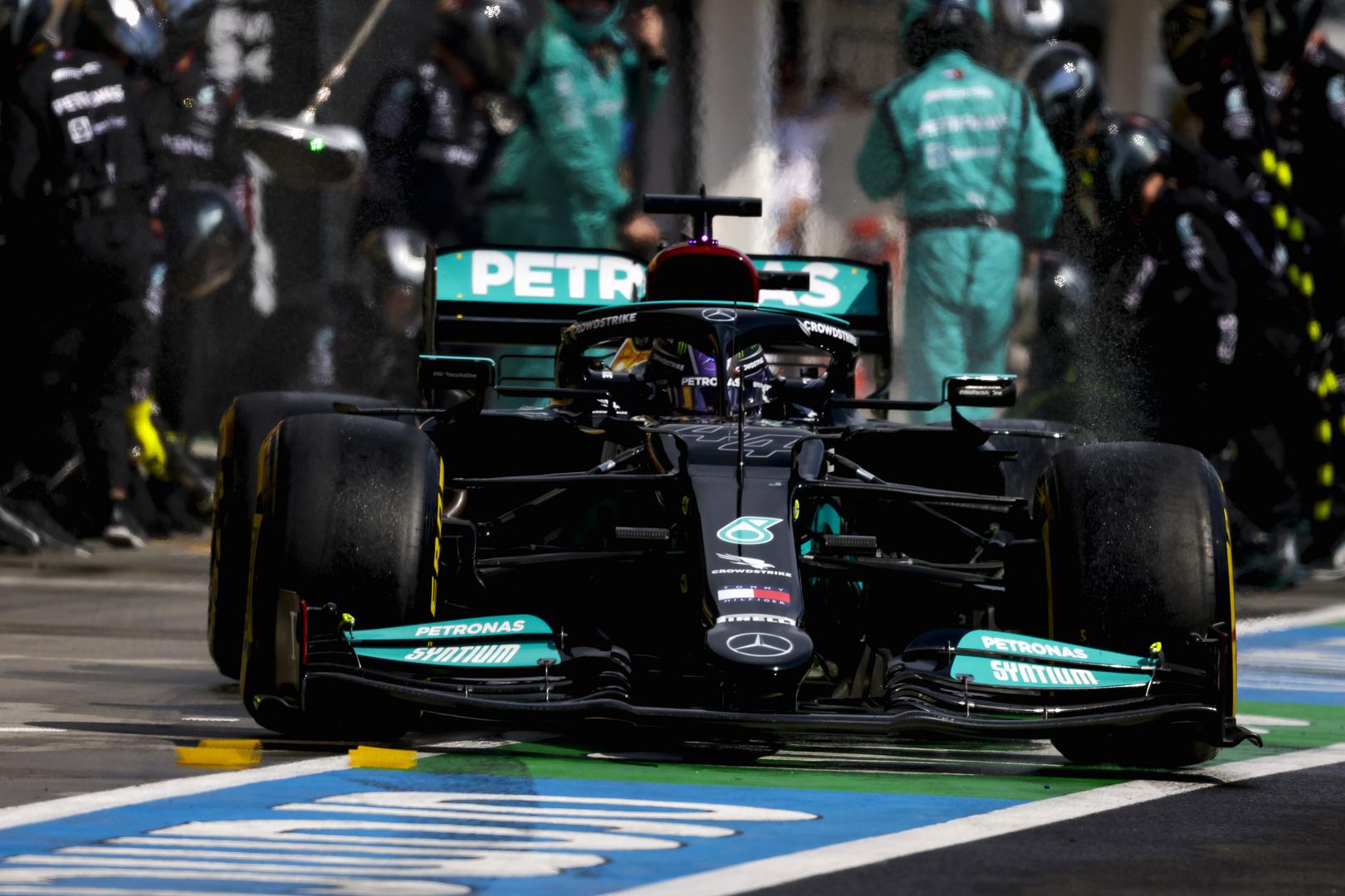 Rusijos GP teisėjai įspėjo pilotus nedaryti taip, kaip pernai darė L. Hamiltonas