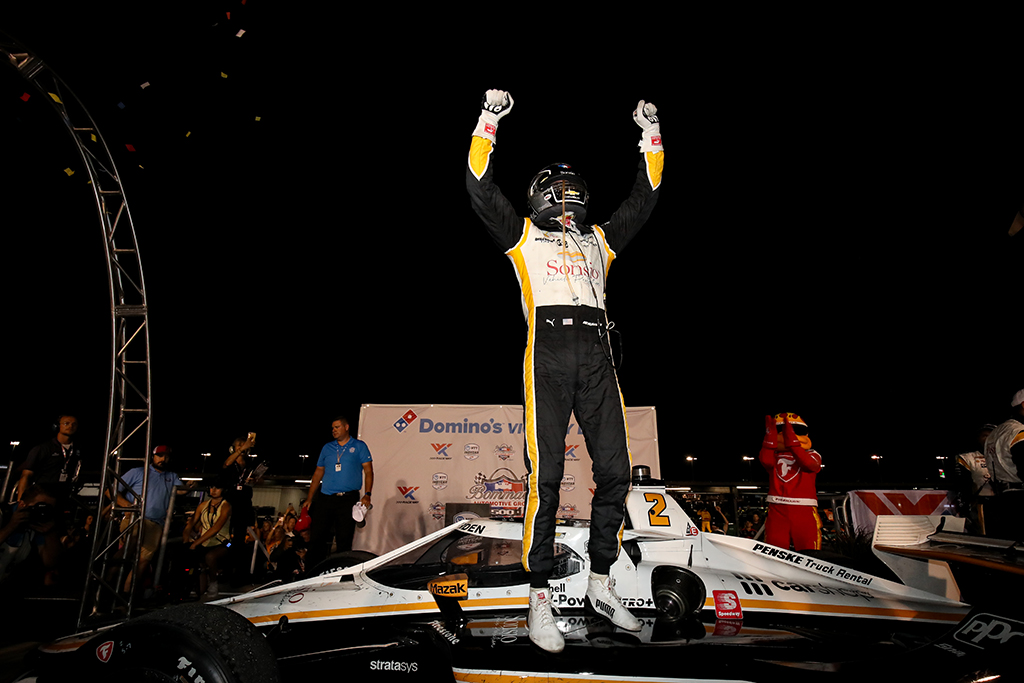 IndyCar. J. Newgardenas nugalėjo Sent Luise, P. O'Wardas tapo čempionato lyderiu