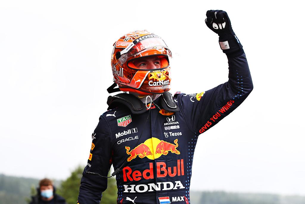 Neįprastose lenktynėse Belgijoje pergalė atiteko M. Verstappenui