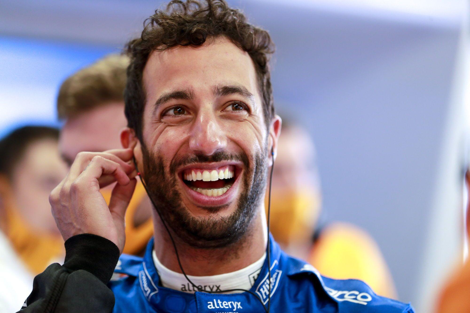 D. Ricciardo: maniau, kad galiu aplenkti Maxą pirmajame posūkyje