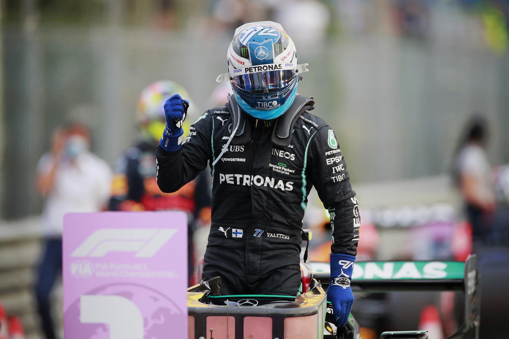 """V. Bottas: apmaudu, kad negalėsiu startuoti iš """"pole"""" pozicijos"""