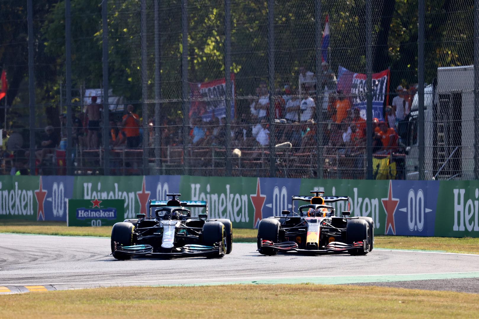 G. Bergeris: L. Hamiltono ir M. Verstappeno dvikova - tai ko reikia F-1