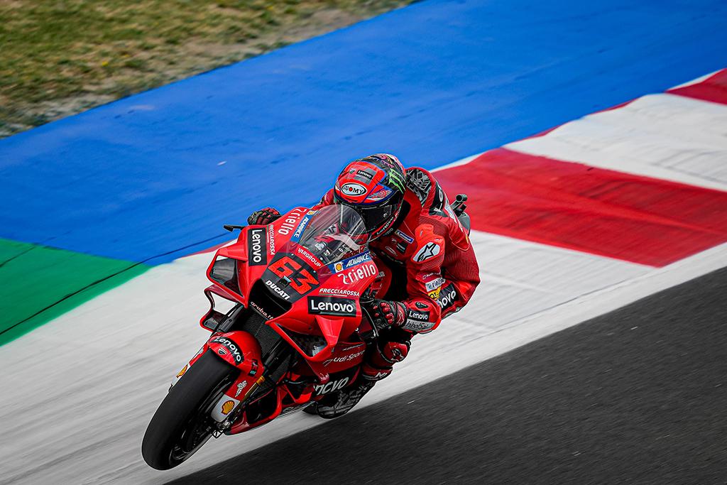 """MotoGP. Misano trasoje - antroji iš eilės F. Bagnaios """"pole"""""""